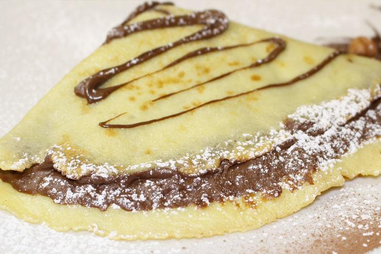 crepe nutella cioccolato con zucchero