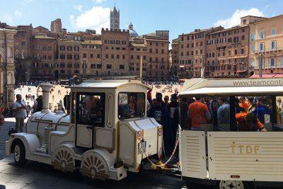 Trenino Piazza Siena